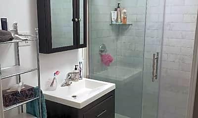 Bathroom, 9 Seminary Ave 2E, 2