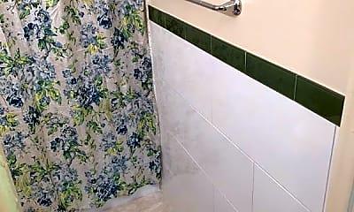 Bathroom, 2041 Sheridan St, 2