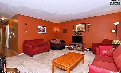 Living Room, 1738 Hilton Ave, 1