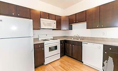 Kitchen, 2915 W George St, 2