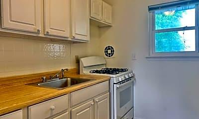 Kitchen, 139 W Englewood Ave 7B, 1
