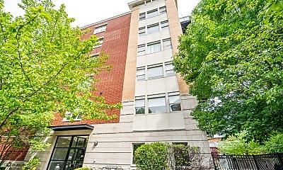 Building, 2300 W St Paul Ave 304, 0
