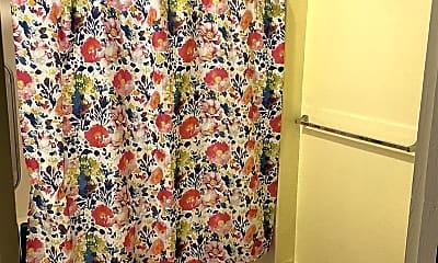 Bathroom, 85-126 Waianae Valley Rd, 2