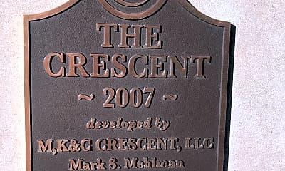 The Crescent, 1