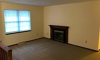 Living Room, 2012 Juniper Dr, 1