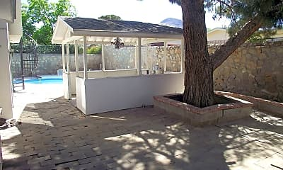 Pool, 10409 Mount Boucherie Ln, 2