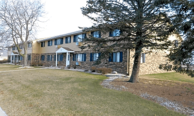 Building, 625 S River Rd, 0