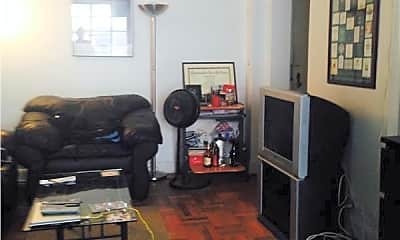 Living Room, 140 E 40th St, 0