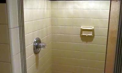 Bathroom, 134 Bergen Ave 1, 2