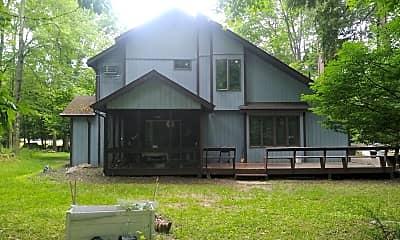 Building, 104 Somerset Dr, 0