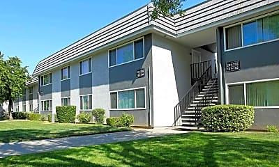 El Cazador Apartments, 0