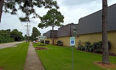 The Pines Apartments, 0