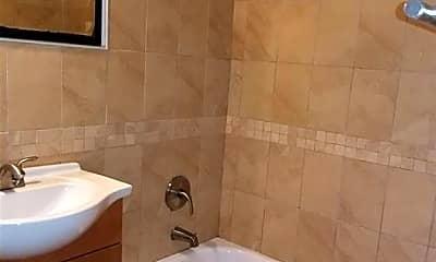 Bathroom, 16 Nuvern Ave, 0