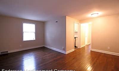 Living Room, 312 E 28th Ave, 1