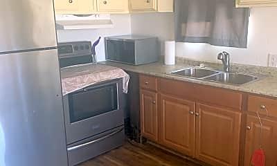 Kitchen, 27776 Calle de Leon, 1