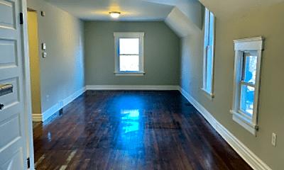 Living Room, 3315 Woodbridge Ave, 1