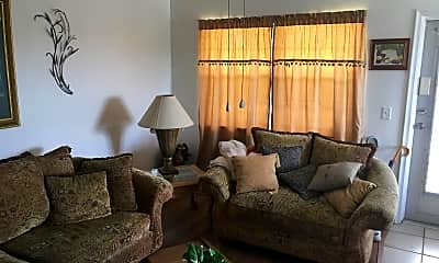 Living Room, 349 Norwich O 349, 2