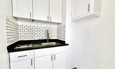 Kitchen, 851 S Kenmore Ave, 1