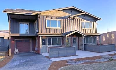 Building, 200 SW Maricopa Dr, 1