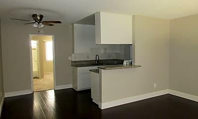 Kitchen, 359 Obispo Ave, 1