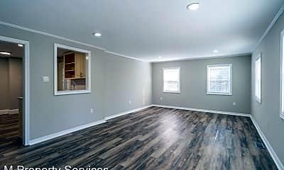 Living Room, 338 Poplar Ave, 1