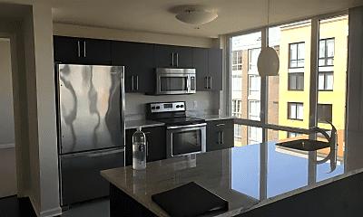 Kitchen, 1602 Harbor Blvd, 0