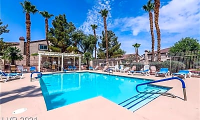 Pool, 2600 Orchard Meadows Ave, 2