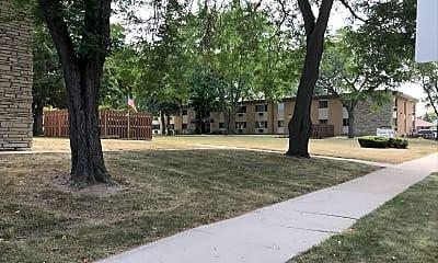 Nicolet Apartments, 2