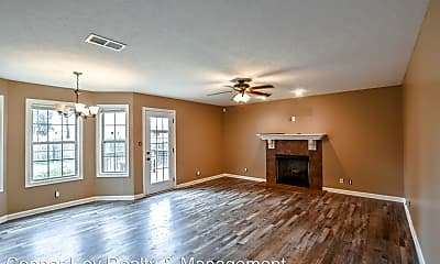 Living Room, 580 Falkland Cir, 1