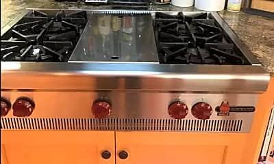 Kitchen, 717 Valley Way, 1
