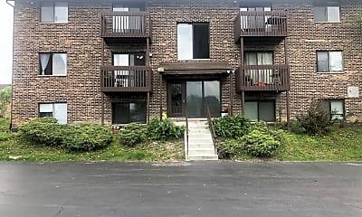 Building, 8238 Woodland Dr D, 2