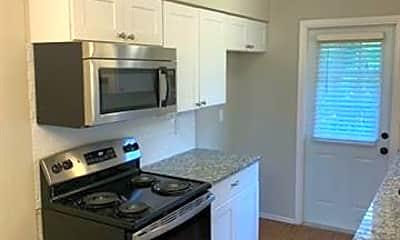 Kitchen, 103 W Brown St 2, 1