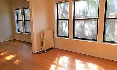 Living Room, 5107 N Glenwood Ave, 0