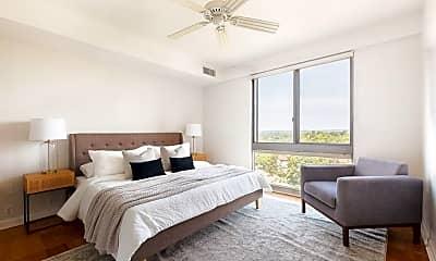 Bedroom, 1010 Memorial Dr, 1
