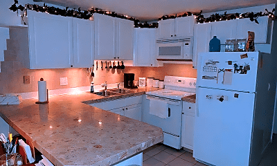 Kitchen, 900 Lora St, 1
