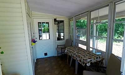 Patio / Deck, 1010 Oakland Cir, 2