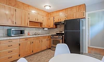 Kitchen, Room for Rent -  near downtown Adamsville, 0