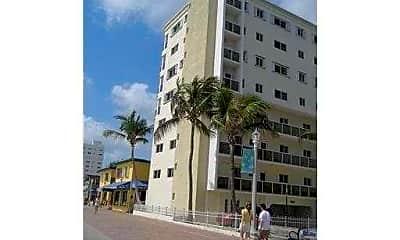 Building, 300 Pierce St 4, 1