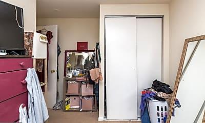 Bedroom, 2105 Christian St C, 2