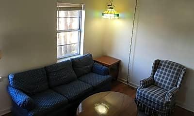 Living Room, 131 Whitehills Dr, 1
