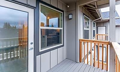 Patio / Deck, Mist Wood Apartments, 1