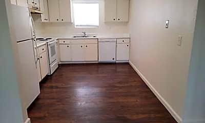 Kitchen, 1131 West St, 1