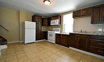 Kitchen, 1021 Joseph St, 1