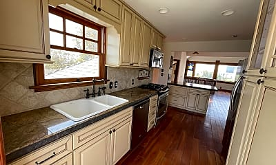 Kitchen, 541 20th St, 1