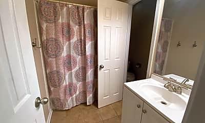 Bathroom, 3101 Creekwood Dr, 2