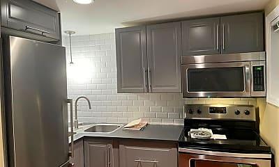 Kitchen, 699 Argonne Ave NE 201, 2