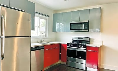 Kitchen, 1321 W 36th Pl, 1
