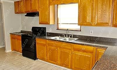 Kitchen, 117 Laurel St, 1