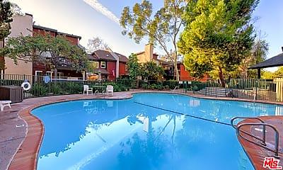 Pool, 5006 Maytime Ln, 2