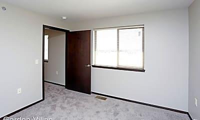 Bedroom, 605-625 W 81st St, 2